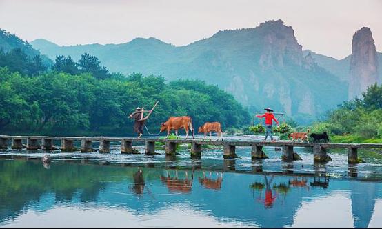 反華分子氣死瞭!上億中國人長假四處遊,竟被懷疑是假新聞-圖2