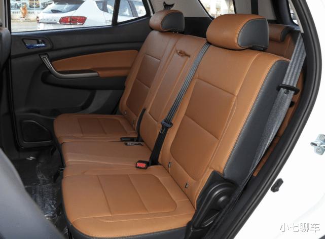 5.99萬起的長安SUV,搭1.5T四缸引擎+大7座,配11英寸液晶屏-圖5