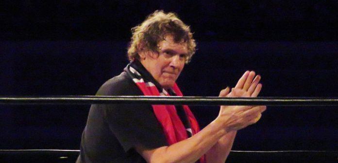 疯狂赛车游戏_WWE安排米兹赢得公文包,居然就为了它!传奇明星过世,艾吉发声-第7张图片-游戏摸鱼怪