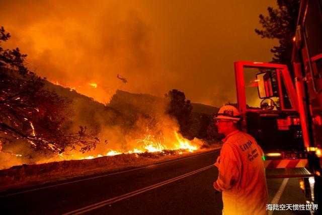 美國加州州長痛批特朗普:明知道正在遭遇大火,還把資金給撤走瞭-圖3