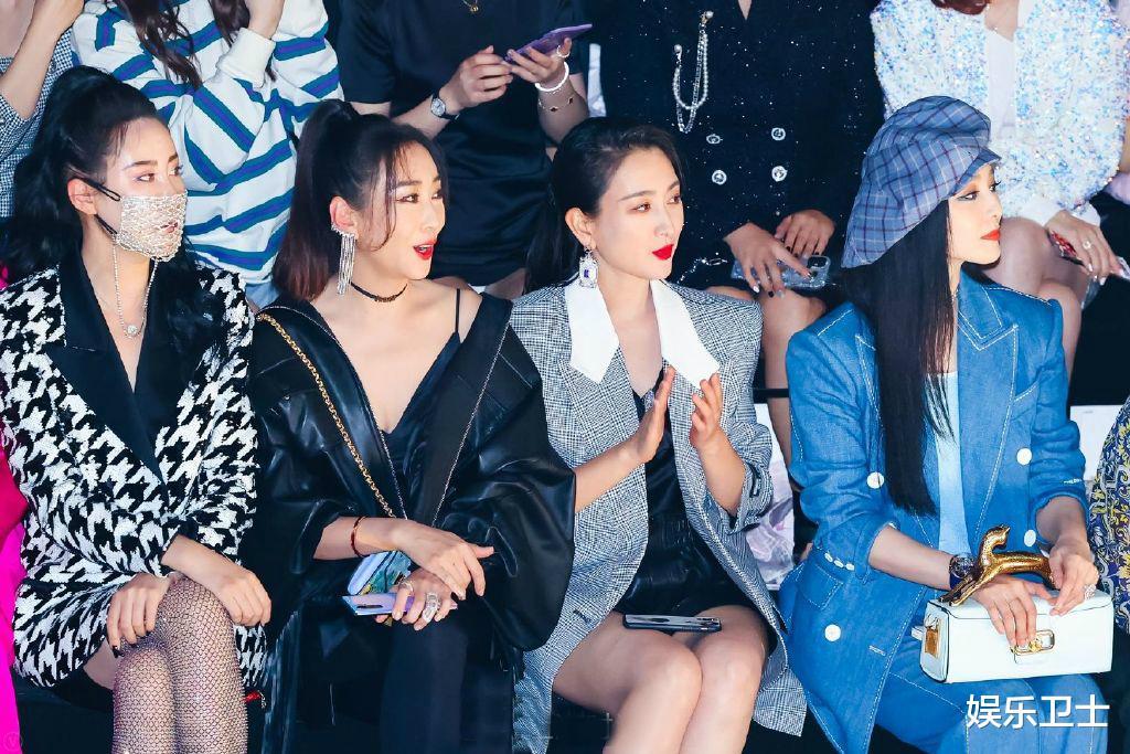 范冰冰參加上海時裝周,被特殊照顧顯大花身份,與馬蘇同框全程避嫌無交流-圖3
