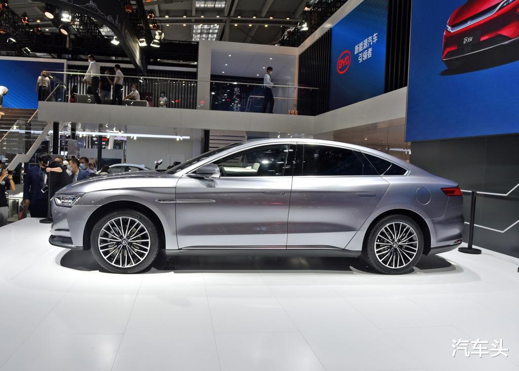 沒有漢EV配置豐富,也沒有它貴,23萬的起售價是更接地氣-圖3