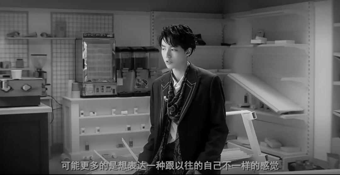 王俊凱GQ封面紀錄片上線!小凱克服暈眩一直轉圈,勇敢又敬業-圖8