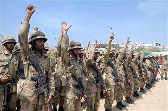 亞阿之戰不斷升級,土耳其出兵力挺阿塞拜疆,巴基斯坦也表態瞭-圖3