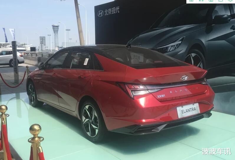 全新國產現代伊蘭特實車亮相,整車顏值很高,北京車展預售-圖4