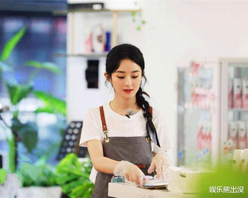 《中餐廳》通過趙麗穎看娛樂圈雙標,baby產後4個月復出被群嘲-圖3