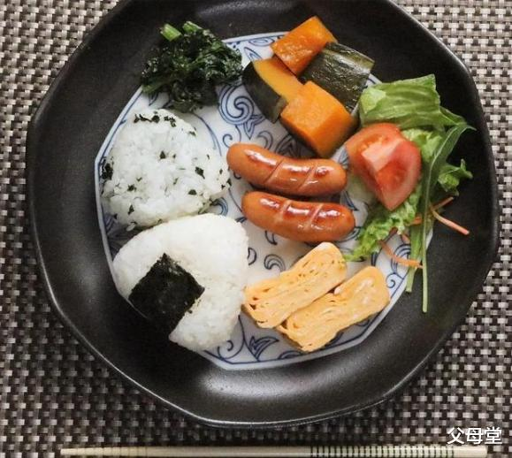 日本一位鋼鐵直男老公火瞭:每天給妻女做早飯,是愛情最初的模樣-圖10