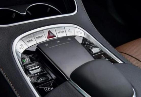 奔馳S350豪華與S450四驅哪個更值購買?-圖6