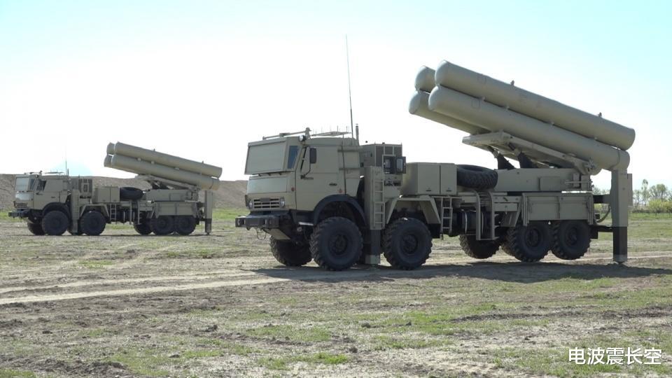 動用遠火!阿塞拜疆搶先發起遠火打擊,亞美尼亞出動中國遠火抗衡-圖4