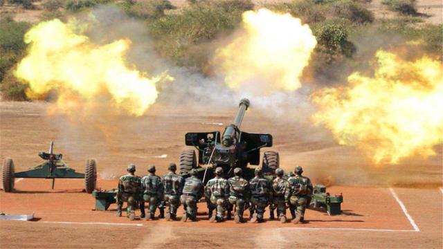 印度該醒醒瞭!忙著向邊境不斷增兵,自傢後院卻突然起火瞭-圖3