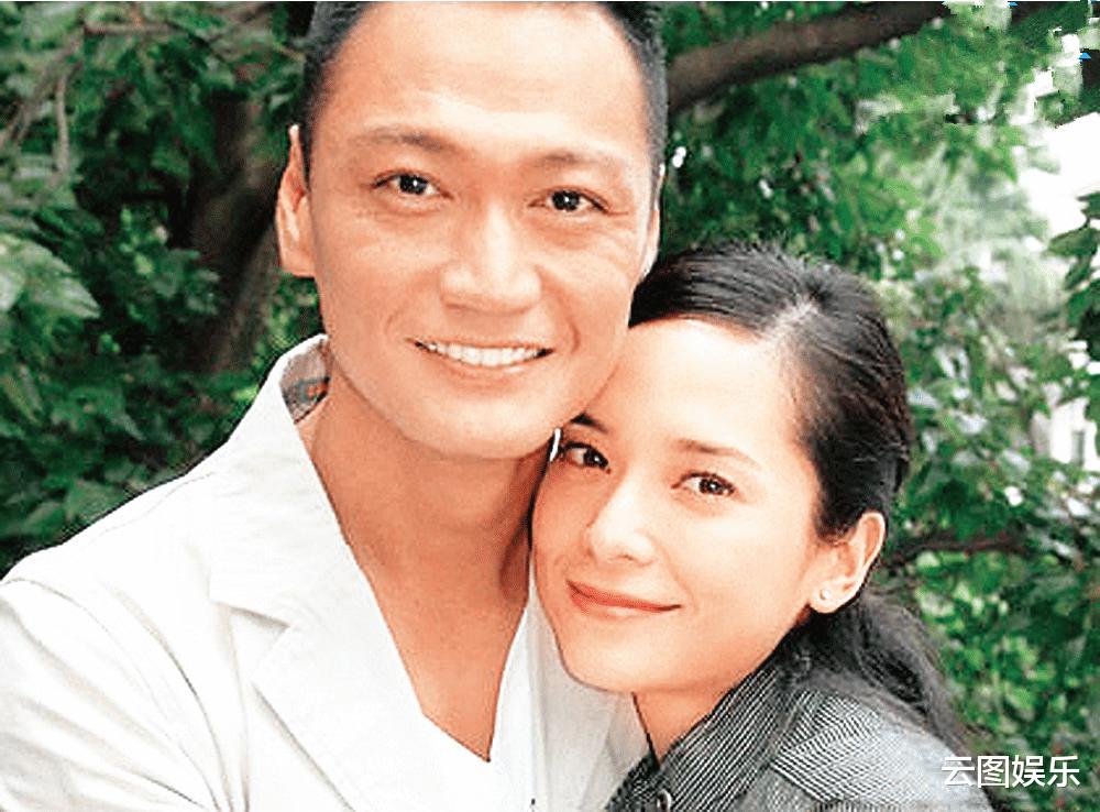 57歲陶大宇受訪,頭發灰白比58歲關禮傑顯老,感嘆TVB今非昔比-圖6