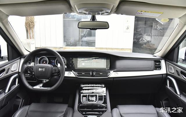 過彎從不飄的SUV,重近2.3噸入門有8AT,全系雙叉臂,才15.98萬起-圖5