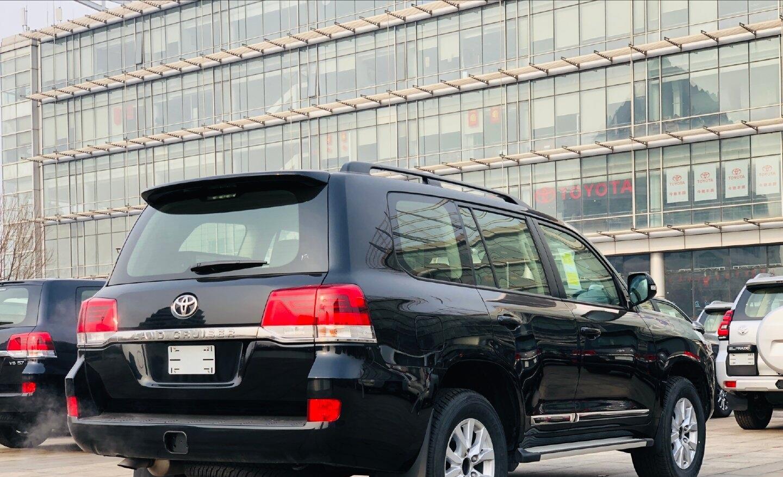 最便宜八缸豐田陸巡提車,落地66萬,尺寸不輸X5,空氣懸掛最給力-圖7