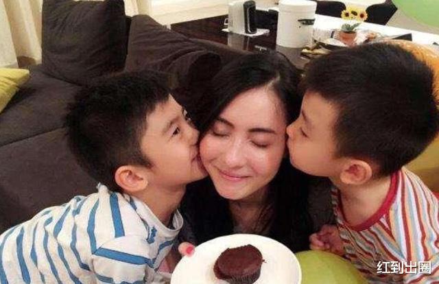 張柏芝曬照為小兒子慶生,神秘生父疑現身,孩子們開心分享蛋糕-圖2