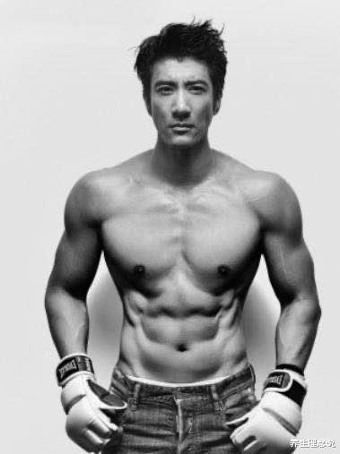 44歲王力宏體脂率僅10%,肌肉精壯堪比專業,狀態更勝20年前-圖3