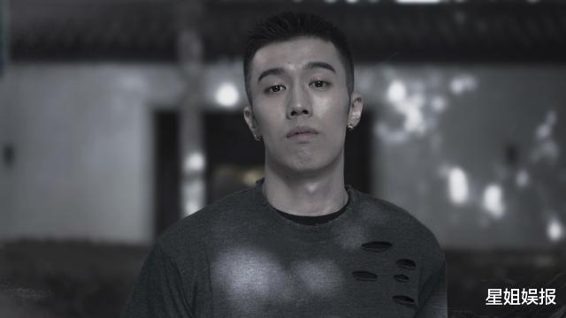 《風犬少年》的劉聞欽,曾是饒雪漫禦用男配書模,還是熱依紮前男友-圖7