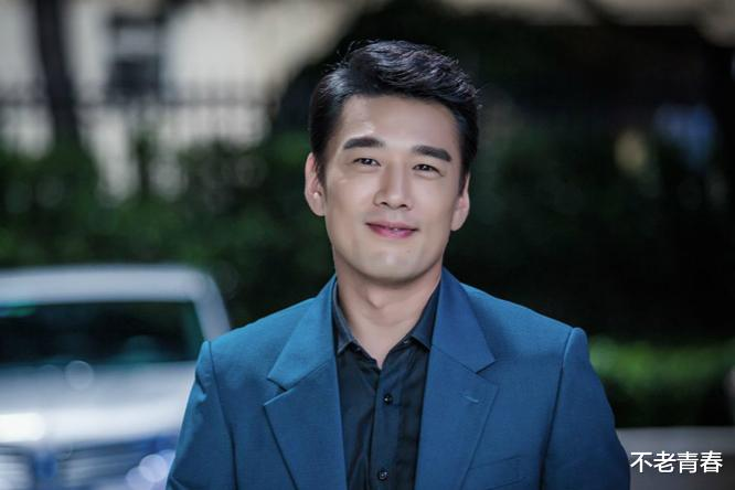 """16年前的神劇,男主打架全靠尬舞,反派是""""尬舞小王子""""王耀慶-圖5"""