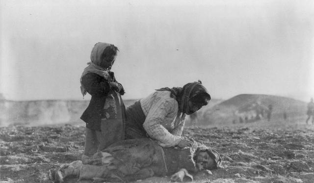 150萬亞美尼亞人被屠殺!無數少女遭到侵犯,用活人進行醫學試驗-圖4