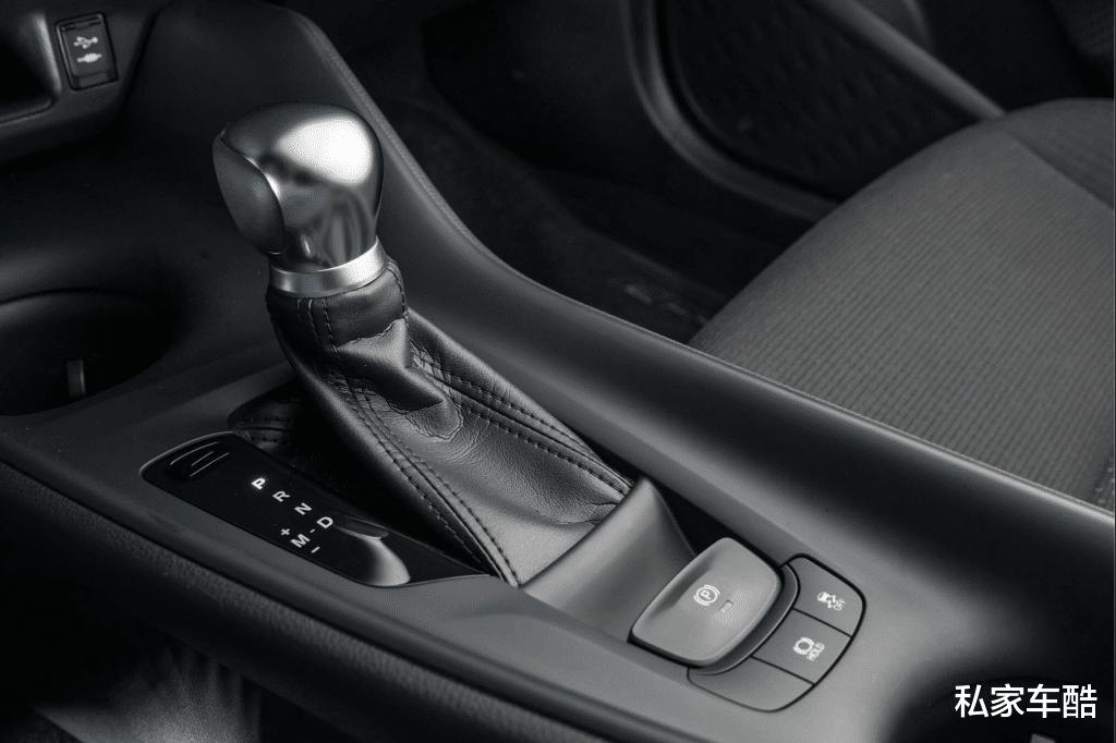 TNGA架構加持,披著SUV外表的廣汽豐田C-HR-圖4