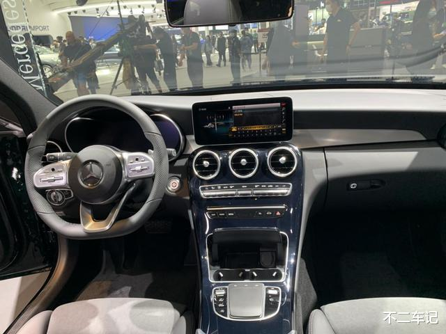 奔馳C級入門級搭載1.5T發動機,為何銷量高於同級車型-圖6