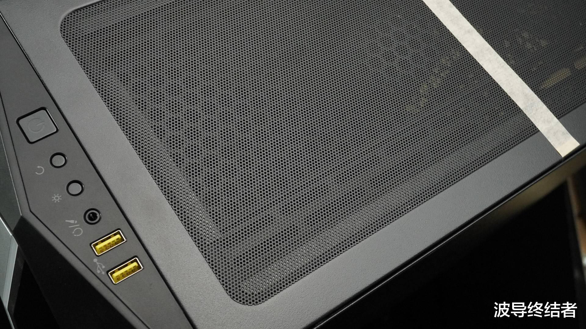 洛克王国普拉塔草原在哪_CPU降温20度!把工作室电脑搬到海盗船和爱国者的新家-第2张图片-游戏摸鱼怪