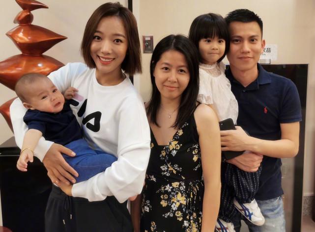 知名導演曝王珞丹已經是兩個孩子的媽媽,還嘲諷她太失敗-圖6