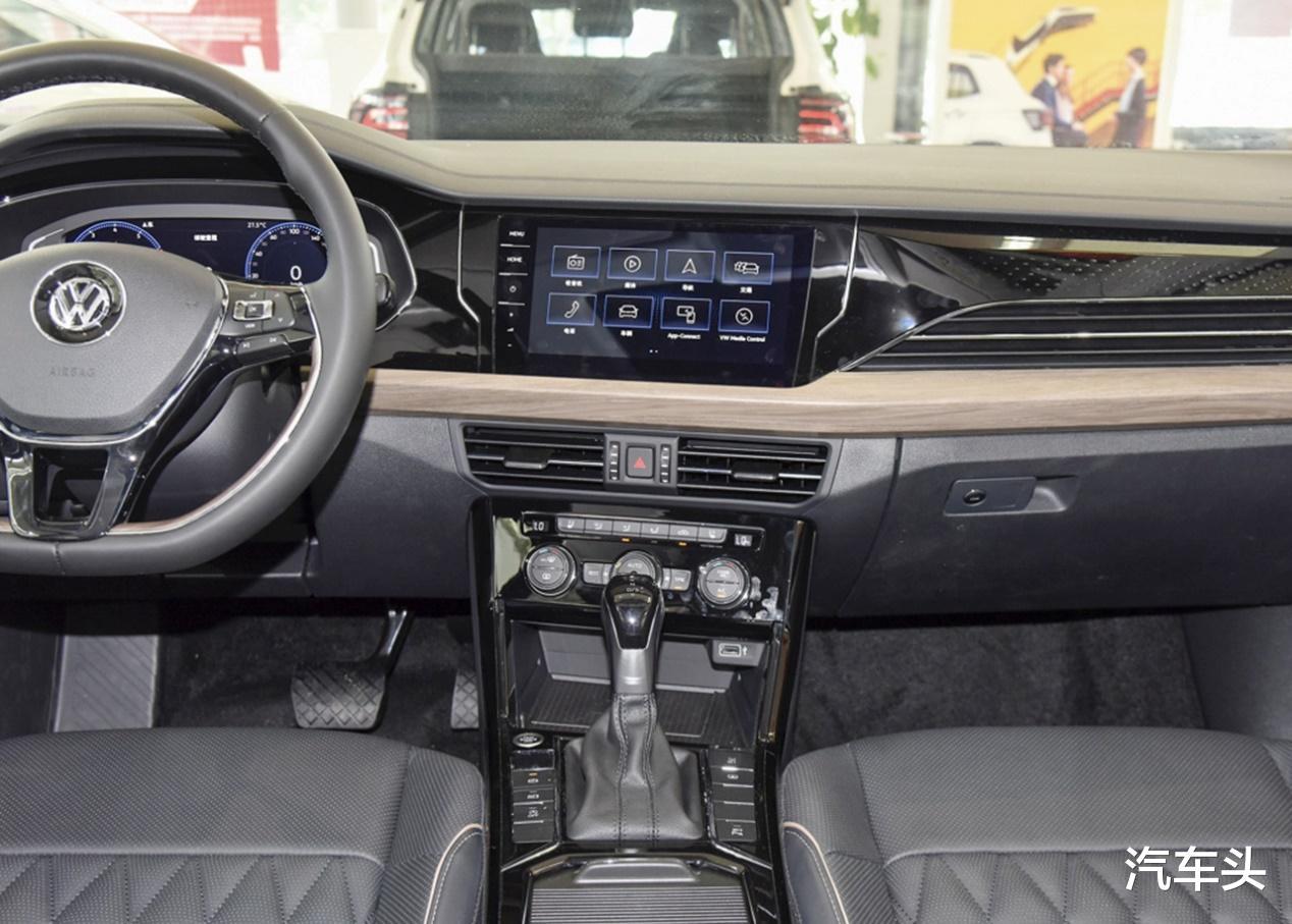 備受爭議的新款帕薩特價格堅挺,18.59-28.29萬,銷量回升中-圖7