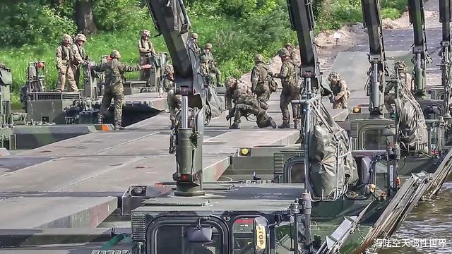 可幫千名印軍士兵快速渡河!印度工程兵部隊研發拉達克架橋新裝備-圖4