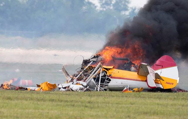 特朗普再接噩耗!一載有212人軍用包機突發意外,火光四射爆炸聲不斷-圖4