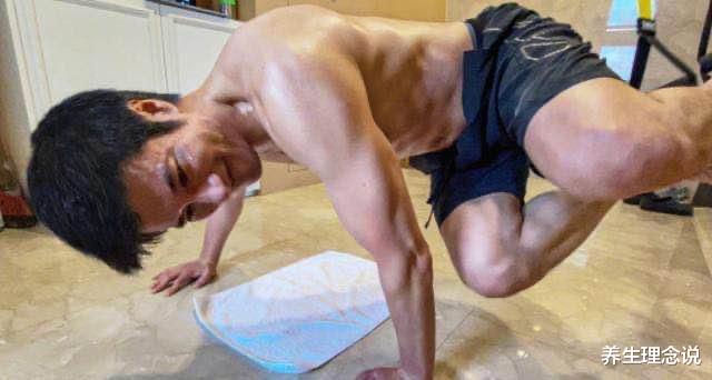 44歲王力宏體脂率僅10%,肌肉精壯堪比專業,狀態更勝20年前-圖2