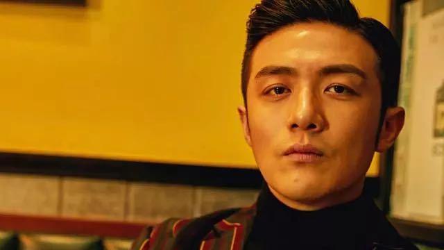 """《三十而已》:如何通过""""许幻山""""来看李泽锋的精湛演技?"""