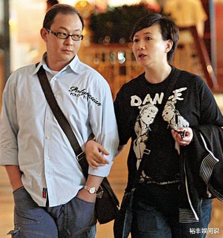 """58歲商天娥與老公手牽手恩愛逛街,結婚10年,被寵成瞭""""肥娥""""-圖8"""