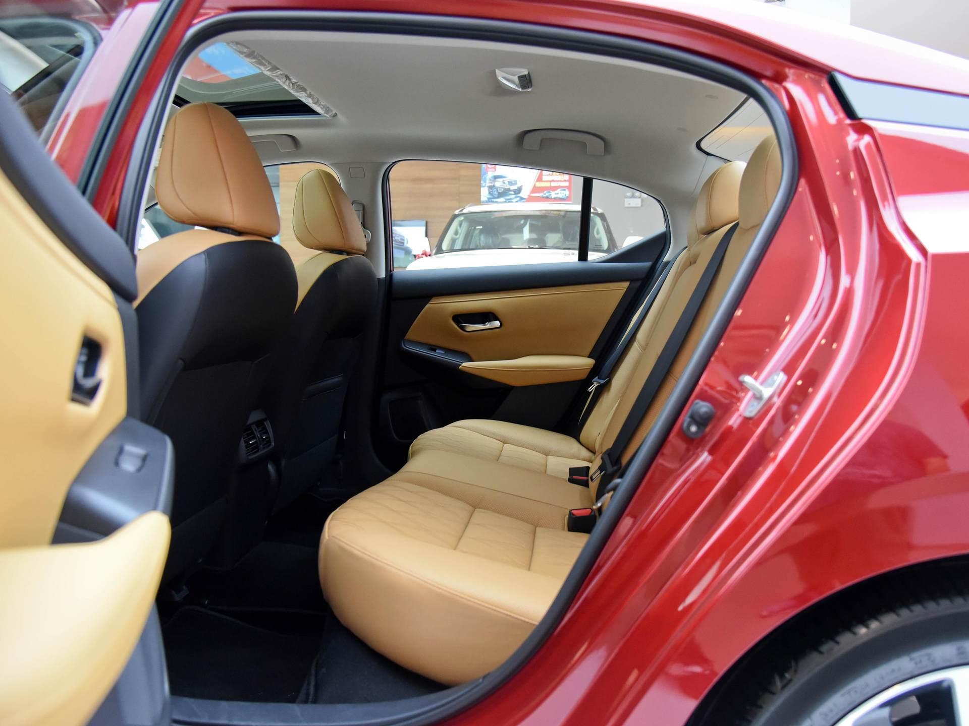 日產親民傢轎,軸距2712mm,1.6L+CVT售10萬起,配置不輸朗逸!-圖6