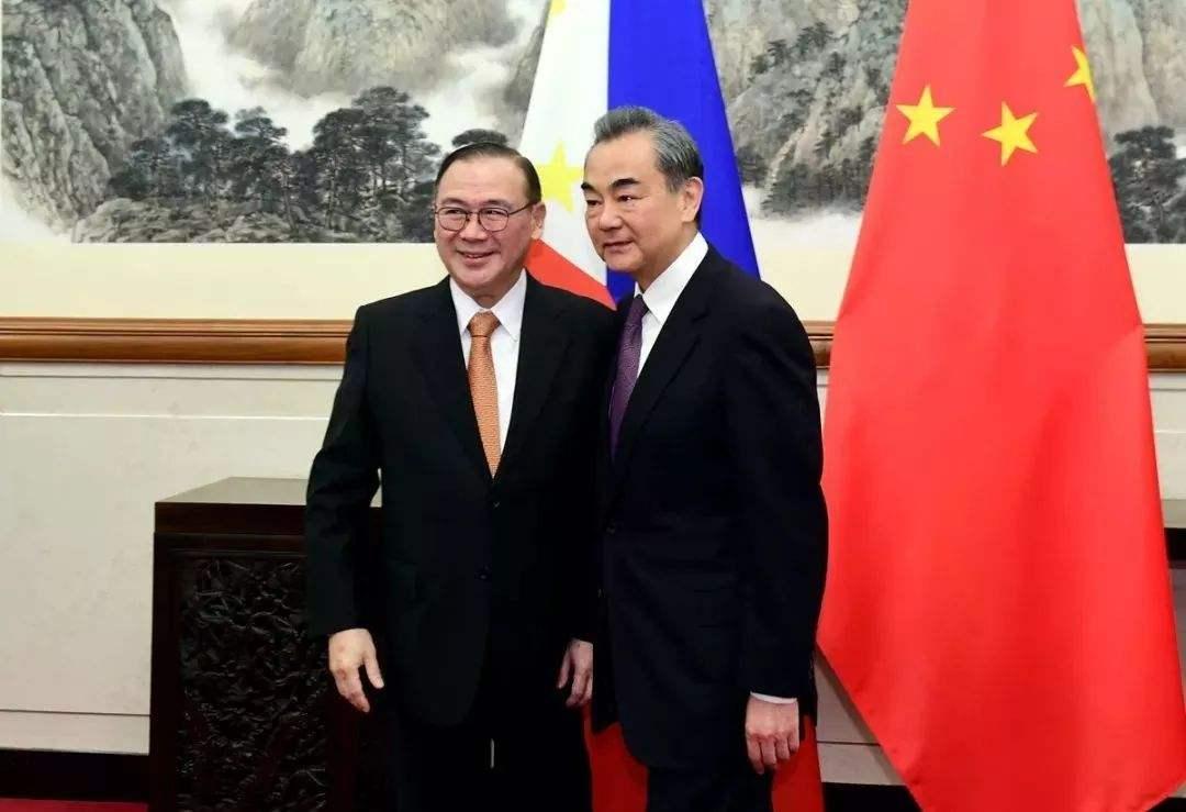 特殊時間,兩位重要客人抵達中國邊境!王毅親身赴約,引全球矚目-圖2