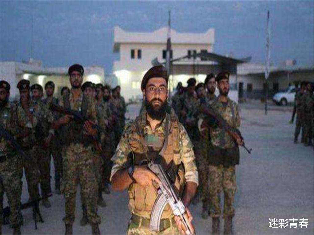 5000名俄軍進駐亞美尼亞,土耳其雇傭兵軍營遭轟炸,數百人被炸死-圖3
