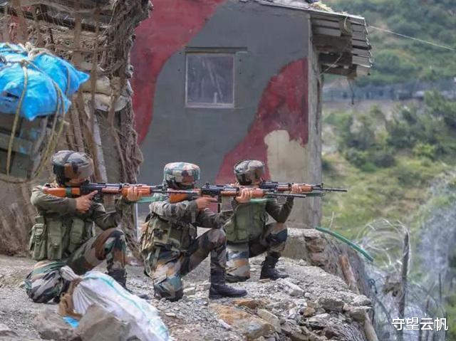 克什米爾爭議地區激烈交火,印軍遭遇襲擊,大批部隊趕來增援-圖2