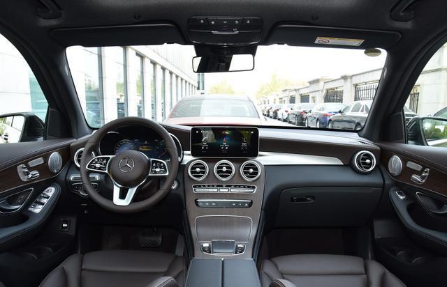 國內在售的豪華品牌中型SUV內飾集合,哪個才是你喜歡的?-圖3