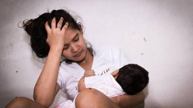 宝宝喜欢奶睡,和哪些方面有关?母乳宝宝戒奶睡,晚上这餐得吃饱