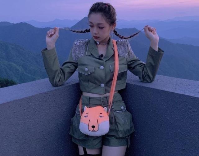 """硬糖少女303綜藝首秀""""團寵""""不是張藝凡,希林娜依高卻被孤立-圖5"""