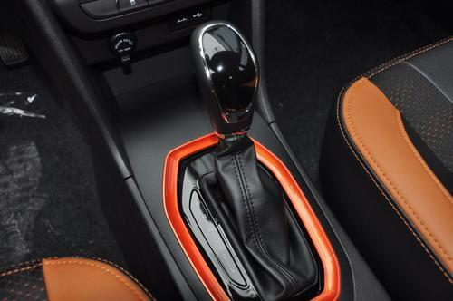 剛拿駕照首選SUV:標配胎壓監測 全系1.5L 不足5萬起售-圖6