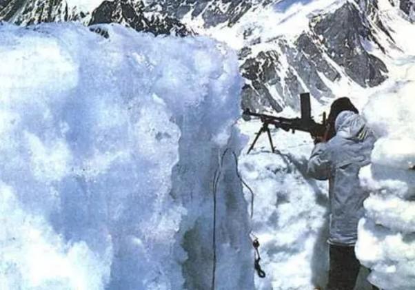 3個月後大雪封山,邊境印度10萬大軍還不撤退?張召忠:性質變瞭-圖3