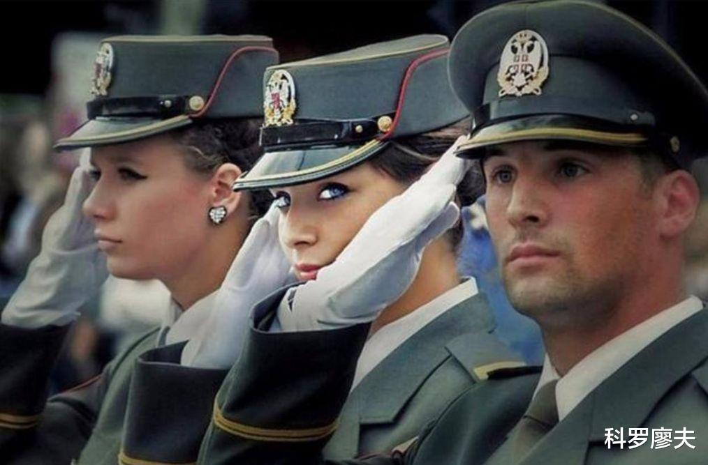 夠爺們!塞爾維亞立場堅定,絕不原諒美國的轟炸,絕不加入北約-圖3