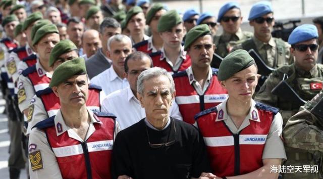 和土耳其好著!普京不計前嫌出手營救土總統,特種兵擊垮美中情局-圖3