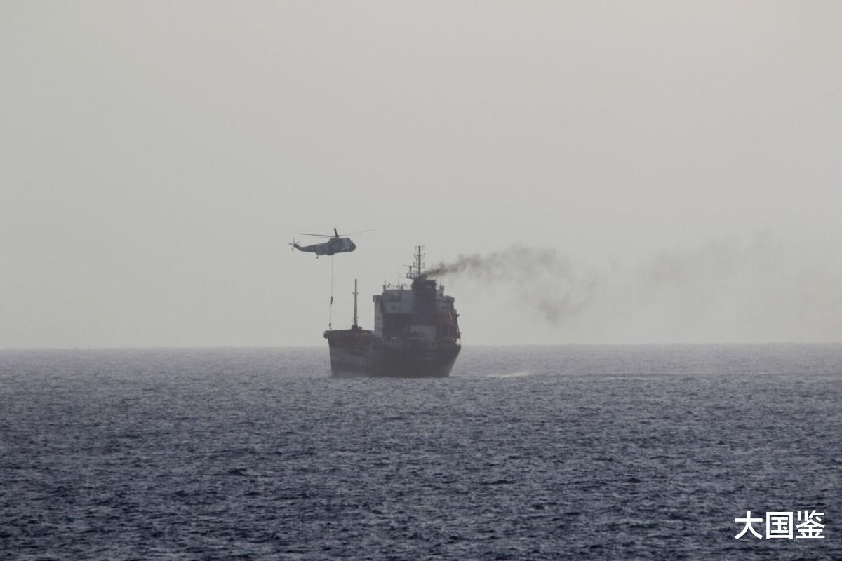 伊朗對美報復升級!特種兵空降俘獲輪船,大批美艦解救失敗-圖2