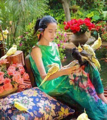 楊麗萍的舞臺劇用2噸麥子做舞蹈道具,是藝術還是浪費?-圖4