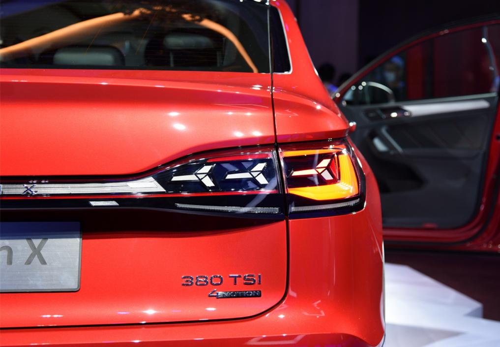 """大眾旗下的""""最美SUV""""!軸距2791mm,入門就有186馬力,比X4還香-圖7"""