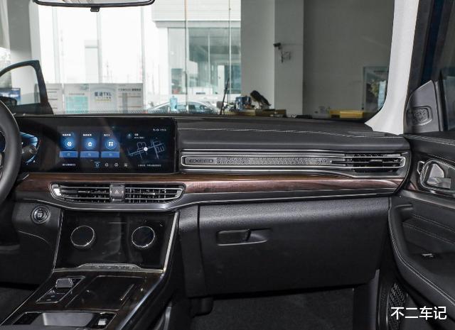 自主高端SUV再添實力幹將,星途VX空間寬敞,實用好開適合傢用-圖9