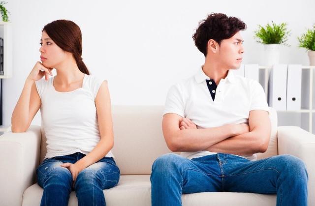 父親提醒女兒:寧可晚點結婚,也不要嫁有這三個特點的傢庭-圖2