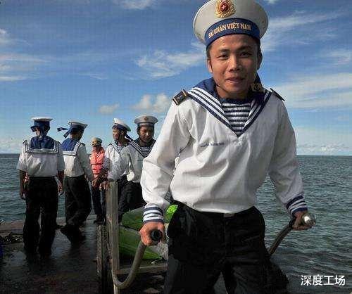 越南填海造島挖泥船沉沒,船員集體沉海:越南空投特種兵拼命救援-圖5