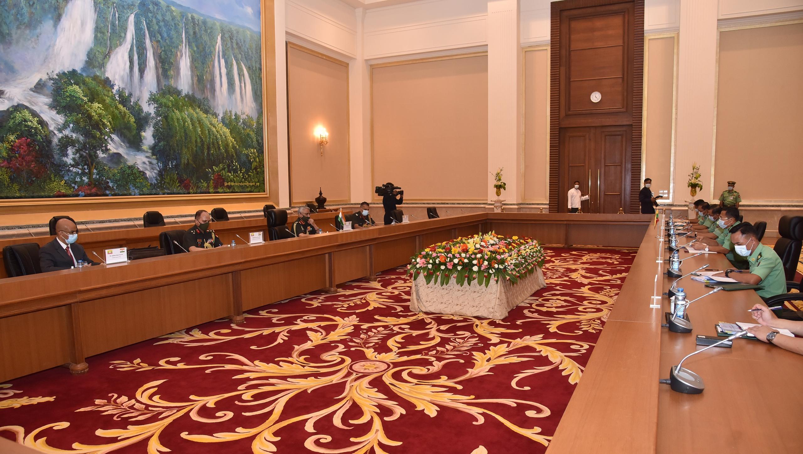 緬軍總司令敏昂萊同印度陸軍參謀長馬諾傑·納拉瓦內會談-圖3